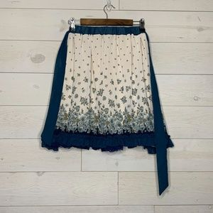Axes Femme Floral Skirt size M